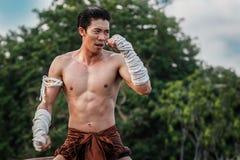 Danza tailandesa del boxeo Imagen de archivo