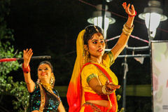 Danza tradicional de la India. Foto de archivo libre de regalías