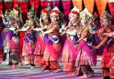 Danza tradicional indonesia Fotos de archivo