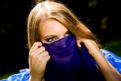 Danzatore di pancia in azzurro Fotografia Stock