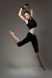 Danzatore giovane di salto Fotografie Stock