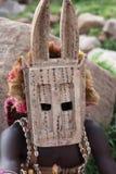 Danzatore tradizionale della mascherina nel villaggio Mali di Dogon Fotografia Stock Libera da Diritti
