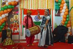 Danzatori del ballo indiano tradizionale classico Fotografie Stock Libere da Diritti