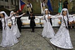 Danzatori a Praga giusta Immagini Stock Libere da Diritti