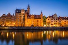 Danzica, Polonia-settembre 19,2015: vecchia città e gru famosa, Poli Fotografie Stock