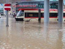 Danzig - 15 juillet : Rues inondées après forte pluie Photos stock