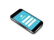 Danzig - la Pologne, le 16 septembre 2014 Téléphone portable avec le Twitter l Images libres de droits
