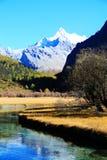 Daocheng Yading, en nationell jämn naturreserv i Kina Fotografering för Bildbyråer