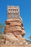 Dar al-Hajar, Dar al Hajar, il palazzo della roccia, palazzo reale, ha decorato le finestre, simbolo iconico dell'Yemen Fotografia Stock