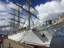 Dar Mlodziezy Tall Ship in de haven van Gdynia Stock Foto