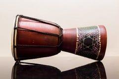 Darbouka entwarf Gemacht vom Holz Lizenzfreie Stockfotos