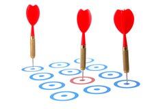Dardeggi la freccia colpiscono l'obiettivo Fotografia Stock Libera da Diritti