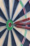 Dardi nel Bullseye Fotografie Stock