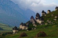 Dargavs, un monument culturel et historique des 14-16èmes siècles Images stock