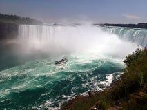 Daring the Niagara Falls royalty free stock photos