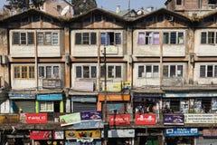 DARJEELING, ÍNDIA, o 6 de março de 2017: Vista de Darjeeling do centro Fotografia de Stock Royalty Free