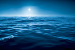 Dark blue ocean Royalty Free Stock Photos