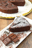 Dark chocolate cake Royalty Free Stock Photos