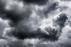 Dark clouds on sky Royalty Free Stock Images