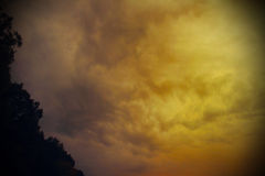 Dark clouds before a thunder-storm Royalty Free Stock Images