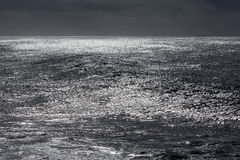 Dark sparkling sea Royalty Free Stock Photos