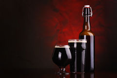 Dark stout beer Royalty Free Stock Photos