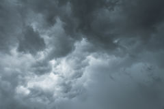Dark thunderstorm clouds before rainy Royalty Free Stock Photos