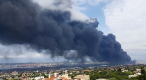 Dark toxic fumes polluting the atmosphere in Durban. royalty free stock images