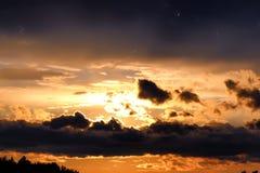 Dark van de zonsondergangwolk Royalty-vrije Stock Afbeelding