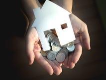 Darlehen für kaufendes Haus, Hypothek und Investitionskonzept lizenzfreies stockfoto