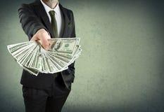 Darlehen von Kreditinstituten oder Bargeldkonzept Stockbild