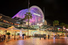 Darling Harbour shopping centre. Main building of Darling Harbours harbourside shopping centre in Sydney (Australia) at night Royalty Free Stock Photos