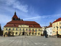 Darlowo, Pologne, la place en premier printemps 2019 photo libre de droits