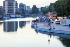 Darsena, ville de Milan, nuit d'été Image de couleur photographie stock libre de droits