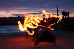 Darstellung mit brennenden hellen Anstrichstreifen Lizenzfreies Stockbild