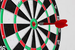 Dart In Center Of Target Royalty Free Stock Images