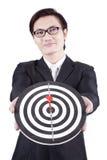 Dartboard asiatique de fixation d'homme d'affaires images libres de droits