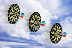 Dartboards en Wolk royalty-vrije stock afbeelding