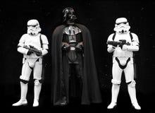 Darth Vadder и Звездные войны Stormtroopers Стоковые Изображения RF