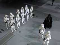 Darth Vader & Stormtrooperdiagram i Ani-Com & lekar Hong Kong 2015 arkivfoto