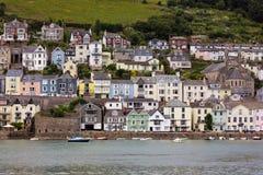 DARTMOUTH, DEVON/UK - 28. JULI: Ansicht über den Fluss-Pfeil nach DA Lizenzfreie Stockbilder