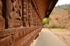 Das Äußere des Tempels hergestellt im hölzernen Stein und im Schiefer Lizenzfreies Stockbild