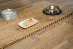 Haustiermahlzeit mit fünf Sternen Stockfotos