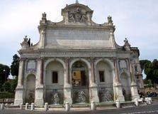 Das ` Acqua Paola alias IL Fontanone ` Fontana-engen Tals, welches das große Brunnen ` ein monumentaler Brunnen ist, fand auf dem Lizenzfreie Stockfotografie