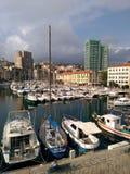 Das alte Dock von Savona Ligurien stockbild
