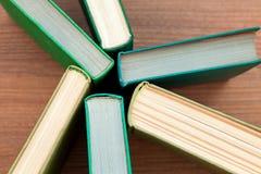 Das alte gebundene Buch bucht Draufsicht Stockbilder