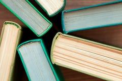 Das alte gebundene Buch bucht Draufsicht Stockfotos