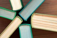 Das alte gebundene Buch bucht Draufsicht Stockfotografie