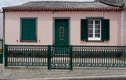 Das alte Haus auf Azoren stockfotos