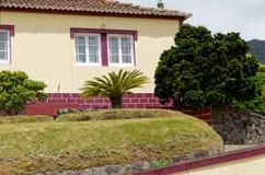 Das alte Haus auf Azoren lizenzfreies stockbild